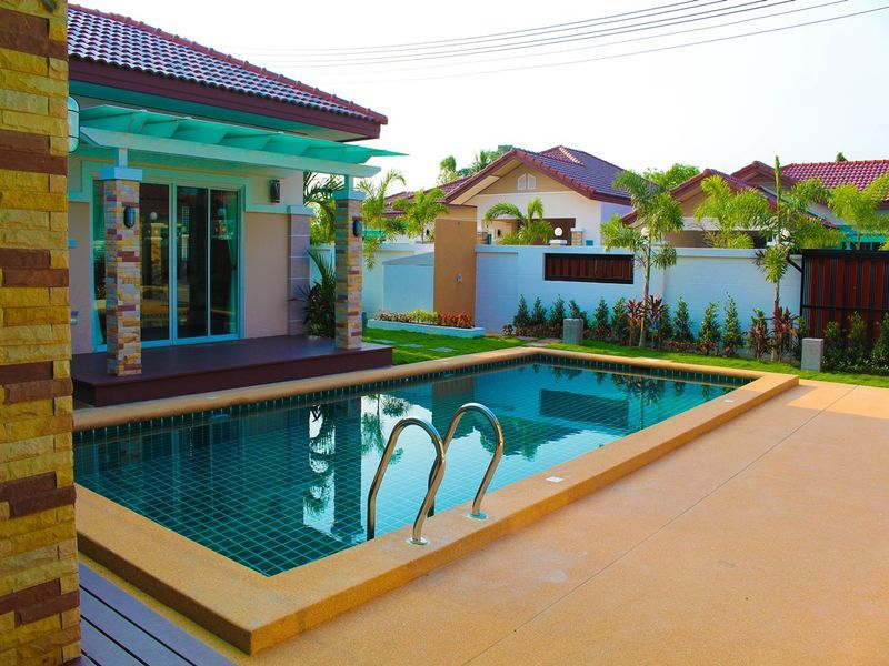 Beautiful Big House With Private Swimming Pool For Sale Id 008514h